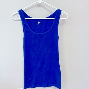 Fitted Ribbed Tank 💙